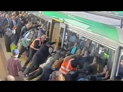 People tilted a train to save the trapped man